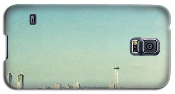 Skylines Galaxy S5 Case - Seattle In The Morning #seattle by Joan McCool