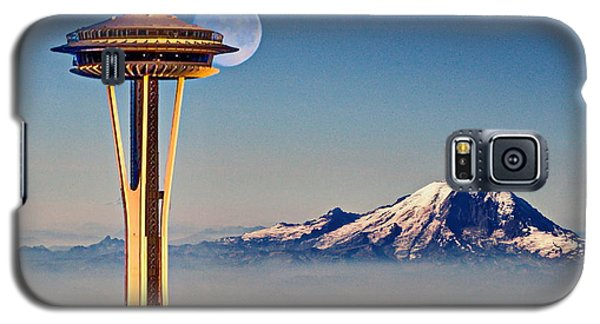 Seattle Needle At Moonrise Galaxy S5 Case