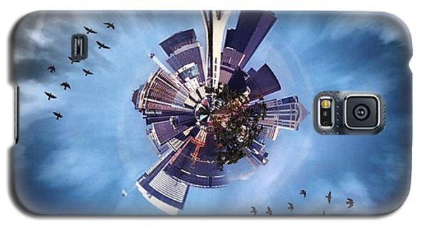 Skylines Galaxy S5 Case - Seattle #tinyworld #spaceneedle by Joan McCool