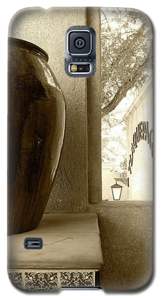 Galaxy S5 Case featuring the photograph Sedona Series - Jug And Window by Ben and Raisa Gertsberg