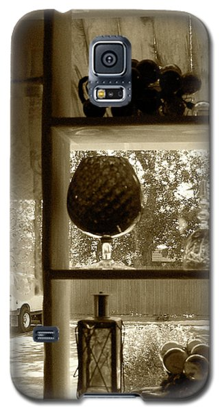 Galaxy S5 Case featuring the photograph Sedona Series - Window Display by Ben and Raisa Gertsberg