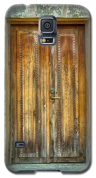 Galaxy S5 Case featuring the photograph Seeking Sanctuary - 1 by Stephen Stookey