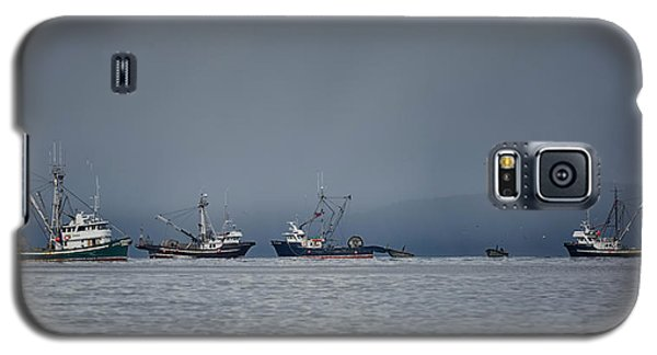 Galaxy S5 Case featuring the photograph Seiners Off Mistaken Island by Randy Hall