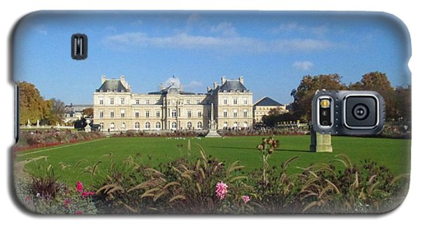 Galaxy S5 Case featuring the photograph Senate From Jardin Du Luxembourg by Christopher Kirby