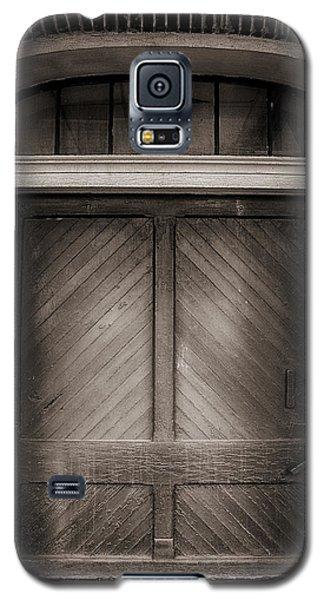 Sepia Doorway Galaxy S5 Case