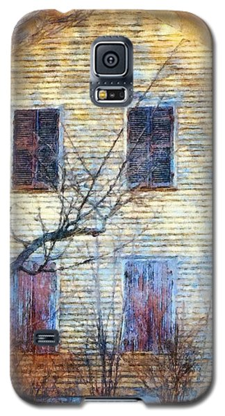 Galaxy S5 Case featuring the photograph September's Gone - Yellow Farmhouse Windows by Janine Riley