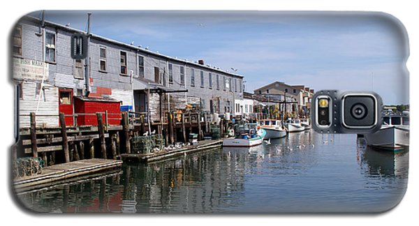 Galaxy S5 Case featuring the photograph Serenity Of The Harbor by Lynda Lehmann