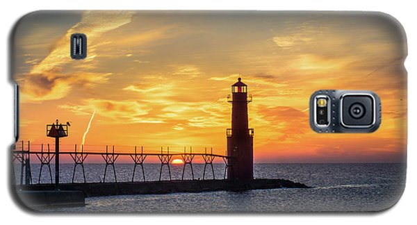 Galaxy S5 Case featuring the photograph Serious Sunrise by Bill Pevlor