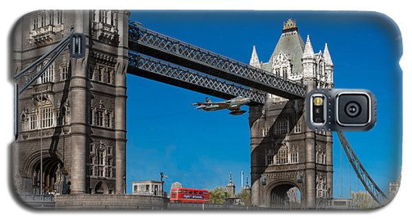 Seven Seconds - The Tower Bridge Hawker Hunter Incident  Galaxy S5 Case