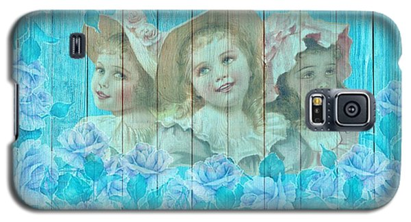 Shabby Chic Vintage Little Girls And Roses On Wood Galaxy S5 Case