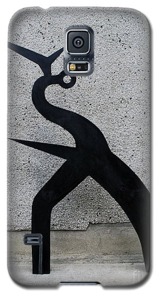 Galaxy S5 Case featuring the sculpture Shadow #1 by Bill Thomson