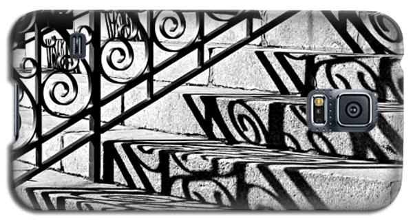 Shadow On The Rotunda Stairs Galaxy S5 Case