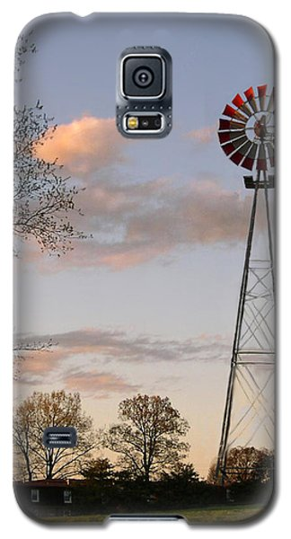 Galaxy S5 Case featuring the photograph Shadows Fall  by Bonnie Willis