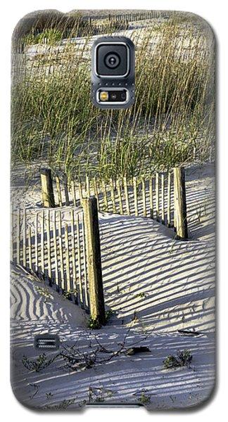 Shadows On The Dune Galaxy S5 Case by Elizabeth Eldridge