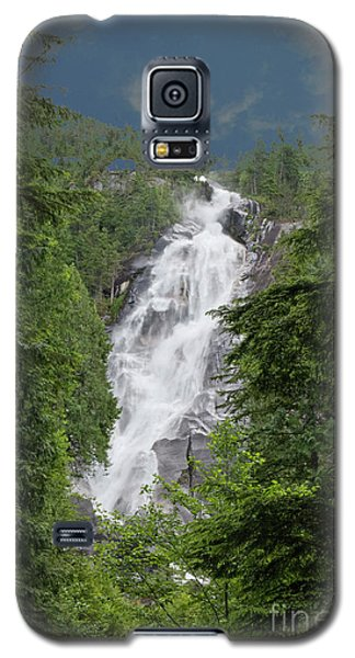 Galaxy S5 Case featuring the photograph Shannon Falls by Rod Wiens