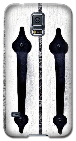 Shed Door Handles Galaxy S5 Case by Ethna Gillespie