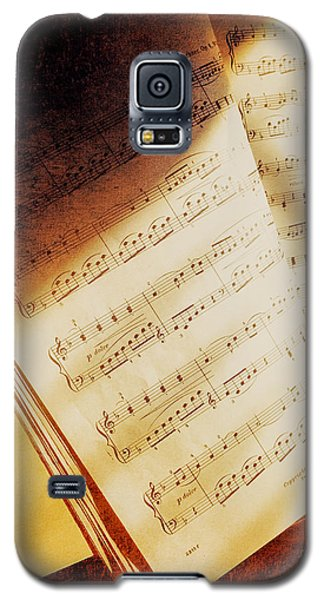 Galaxy S5 Case featuring the photograph Sheet Music by Eleanor Abramson