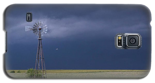 Shelf Cloud And Windmill -02 Galaxy S5 Case by Rob Graham