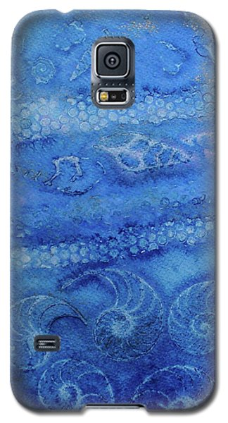 Galaxy S5 Case featuring the painting Shells Galore by Mary Sullivan