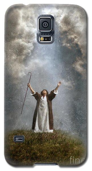 Shepherd Arms Up In Praise Galaxy S5 Case by Jill Battaglia