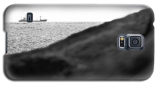 Ship On The Horizon. Galaxy S5 Case