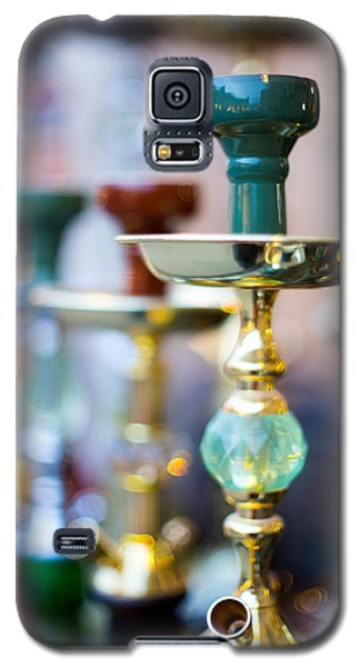 Shisha Pipes Lined Up In A Doha Souq Galaxy S5 Case