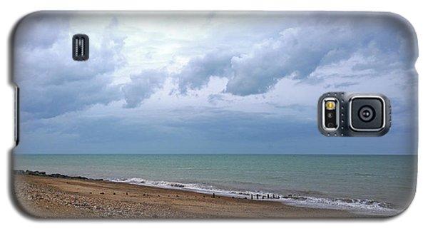 Galaxy S5 Case featuring the photograph Shoreham Shoreline by Anne Kotan