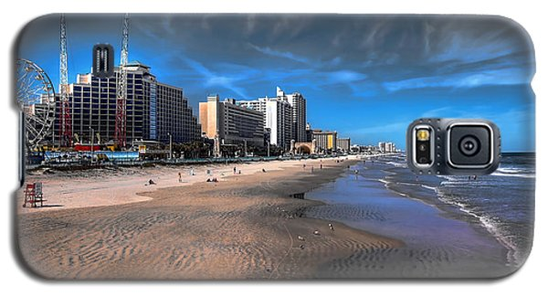 Galaxy S5 Case featuring the photograph Shoreline by Jim Hill