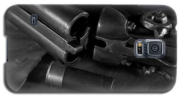 Shotgun Black And White Galaxy S5 Case by Wilma  Birdwell