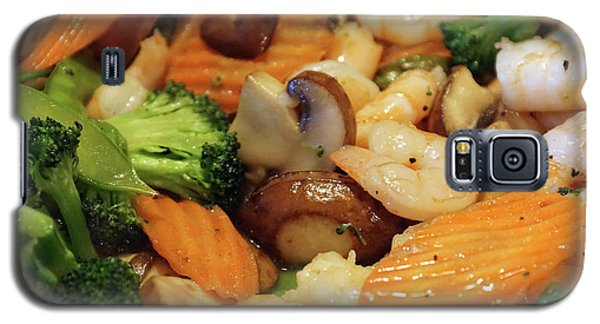 Galaxy S5 Case featuring the photograph Shrimp Stir Fry #2 by Ben Upham III