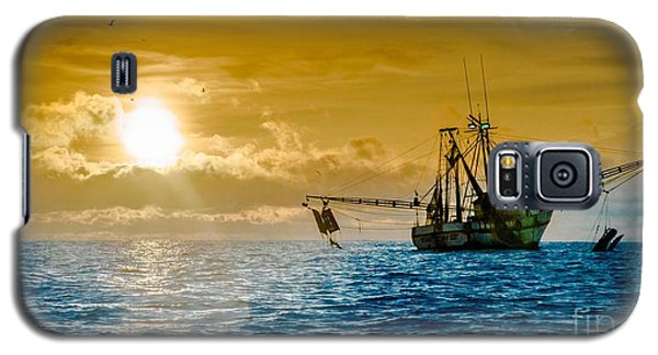 Shrimp Trawler At Dawn Galaxy S5 Case