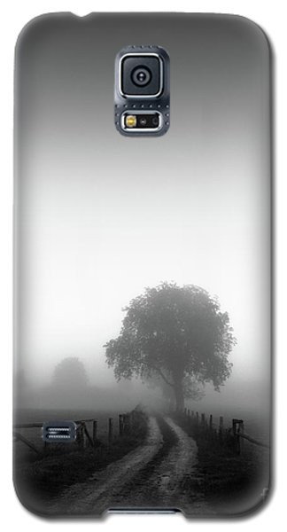 Galaxy S5 Case featuring the photograph  Silent Morning  by Franziskus Pfleghart
