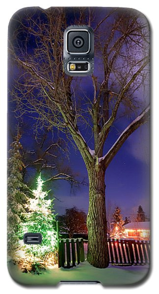 Galaxy S5 Case featuring the photograph Silent Night by Cat Connor