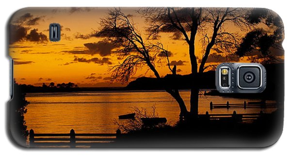 Silhouettes At Sunrise Galaxy S5 Case by Trena Mara