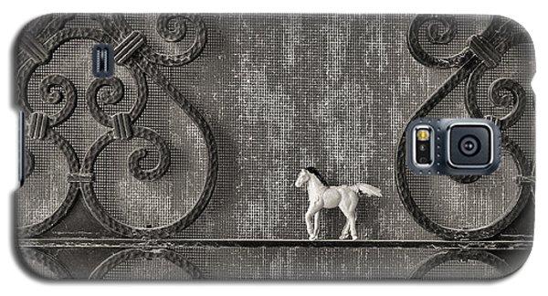 Silver Nostalgia Galaxy S5 Case