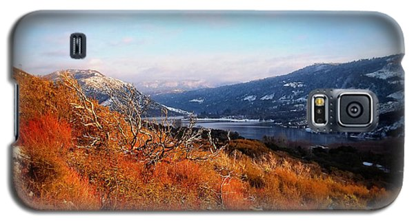Galaxy S5 Case featuring the photograph Silverwood Lake - California by Glenn McCarthy Art and Photography