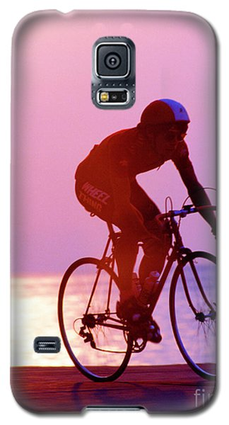 Single Bike Rider Chicago Lake Front Galaxy S5 Case