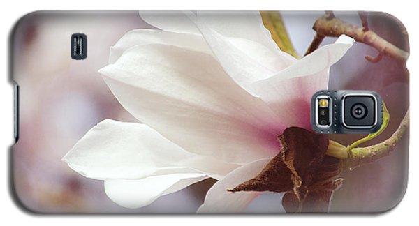 Single White Magnolia Galaxy S5 Case