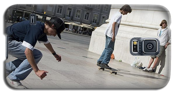 Galaxy S5 Case featuring the photograph Skateboarder In Lisbon by Carl Purcell