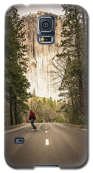 Skating Amongst The Giants Galaxy S5 Case
