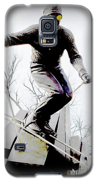 Galaxy S5 Case featuring the photograph Ski On The Edge by Michelle Frizzell-Thompson
