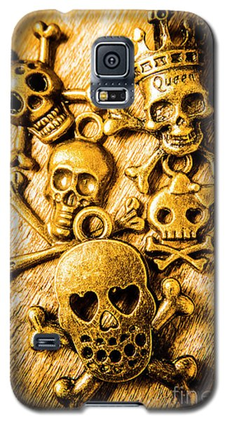 Galaxy S5 Case featuring the photograph Skulls And Crossbones by Jorgo Photography - Wall Art Gallery