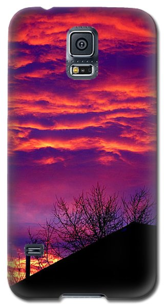 Galaxy S5 Case featuring the photograph Sky Drama by Valentino Visentini