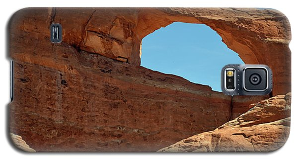 Galaxy S5 Case featuring the photograph Skyline Arch In Utah by Bruce Gourley