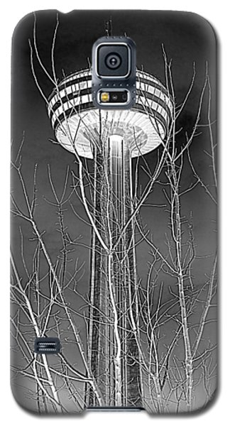Galaxy S5 Case featuring the photograph Skylon Tower by Valentino Visentini