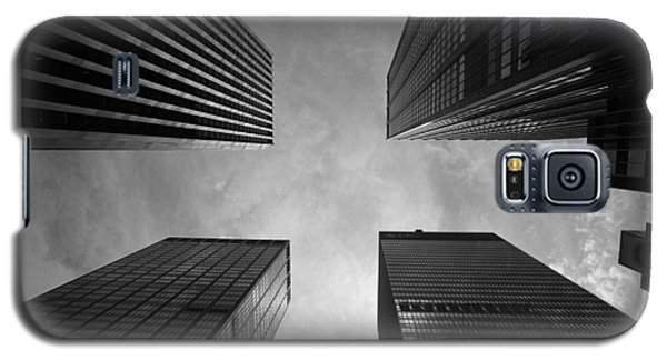 Galaxy S5 Case featuring the photograph Skyscraper Intersection by Linda Edgecomb