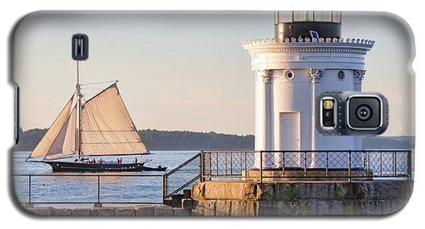 Galaxy S5 Case featuring the photograph Sloop And Lighthouse, South Portland, Maine  -56170 by John Bald