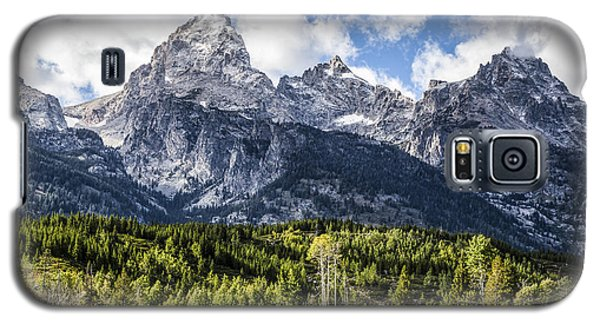 Small Cabin Below Big Mountain Galaxy S5 Case