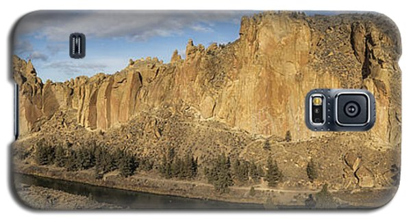 Smith Rock And Crooked River Panorama Galaxy S5 Case