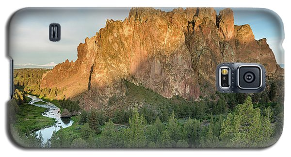 Galaxy S5 Case featuring the photograph Smith Rock First Light by Greg Nyquist